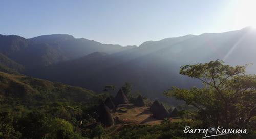 Wae Rebo Flores, Desa Warisan Budaya Dunia.