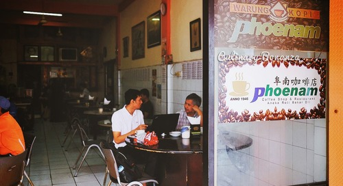 Indonesia's Very Own Original Kopitiam: Warung Kopi Phoenam in Makassar