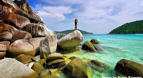 Jika Indonesia Timur punya Raja Ampat Papua, Maka Indonesia Barat punya Kepulauan Anambas di Kepulauan Riau.