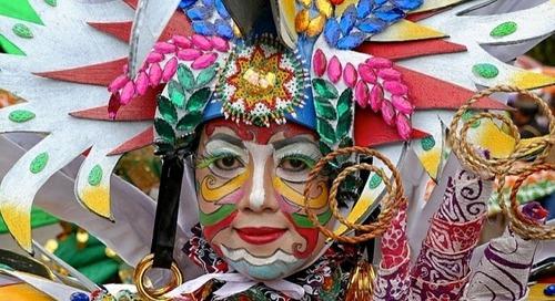 Festival Budaya Tabalong di Kalimantan Selatan yang berlangsung meriah.