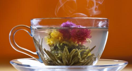 Delapan Khasiat di Balik Keindahan Flowering Tea