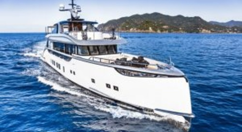 Dynamiq D4 Jetsetter at sea