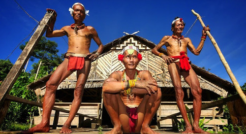 Mentawai salah satu suku tertua di dunia.