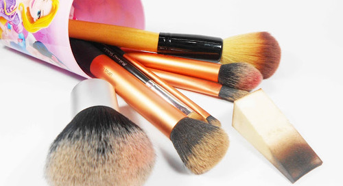 Chit chat: The Importance of Cleaning your Makeup Brush
