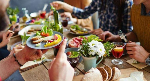 Menyantap Makanan Ada Seninya: Jangan Telan Cepat-cepat!