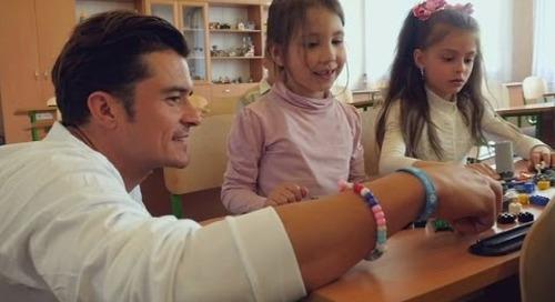 Orlando Bloom visits schoolchildren in war-scarred Ukraine