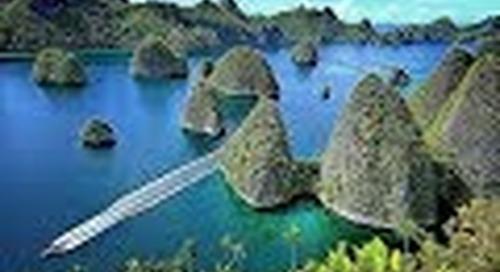 Batanta pulau yang masih alami di Raja Ampat Papua.