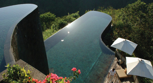 18 Hotel dengan Infinity Pool Terindah di Indonesia