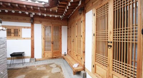 Menginap di Rumah Tradisional Korea Hingga Villa di China Berusia 150 Tahun!