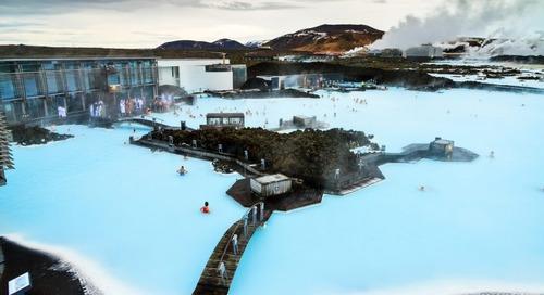 Laguna Biru yang Memesona di Islandia