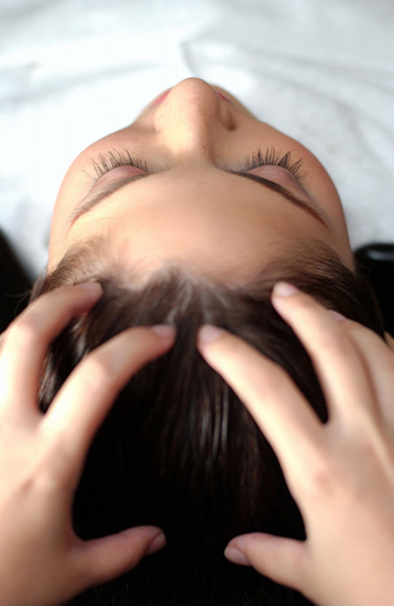 Scalp treatment at a spa