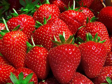 spa menu ingredient - strawberries