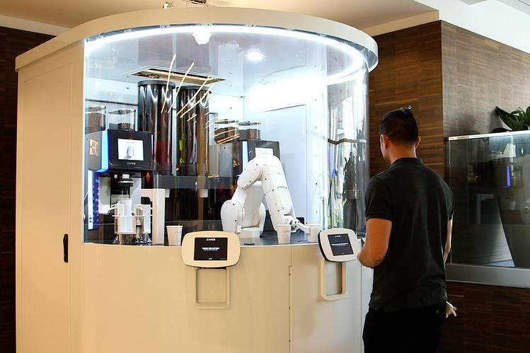 robot barista cafe x