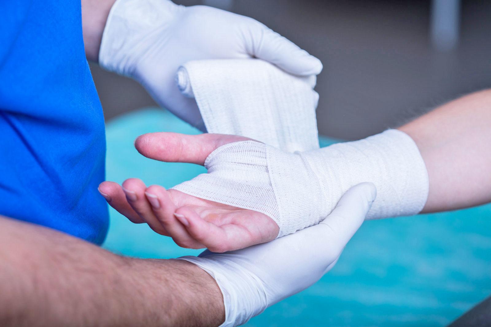 smart bandages track healing process