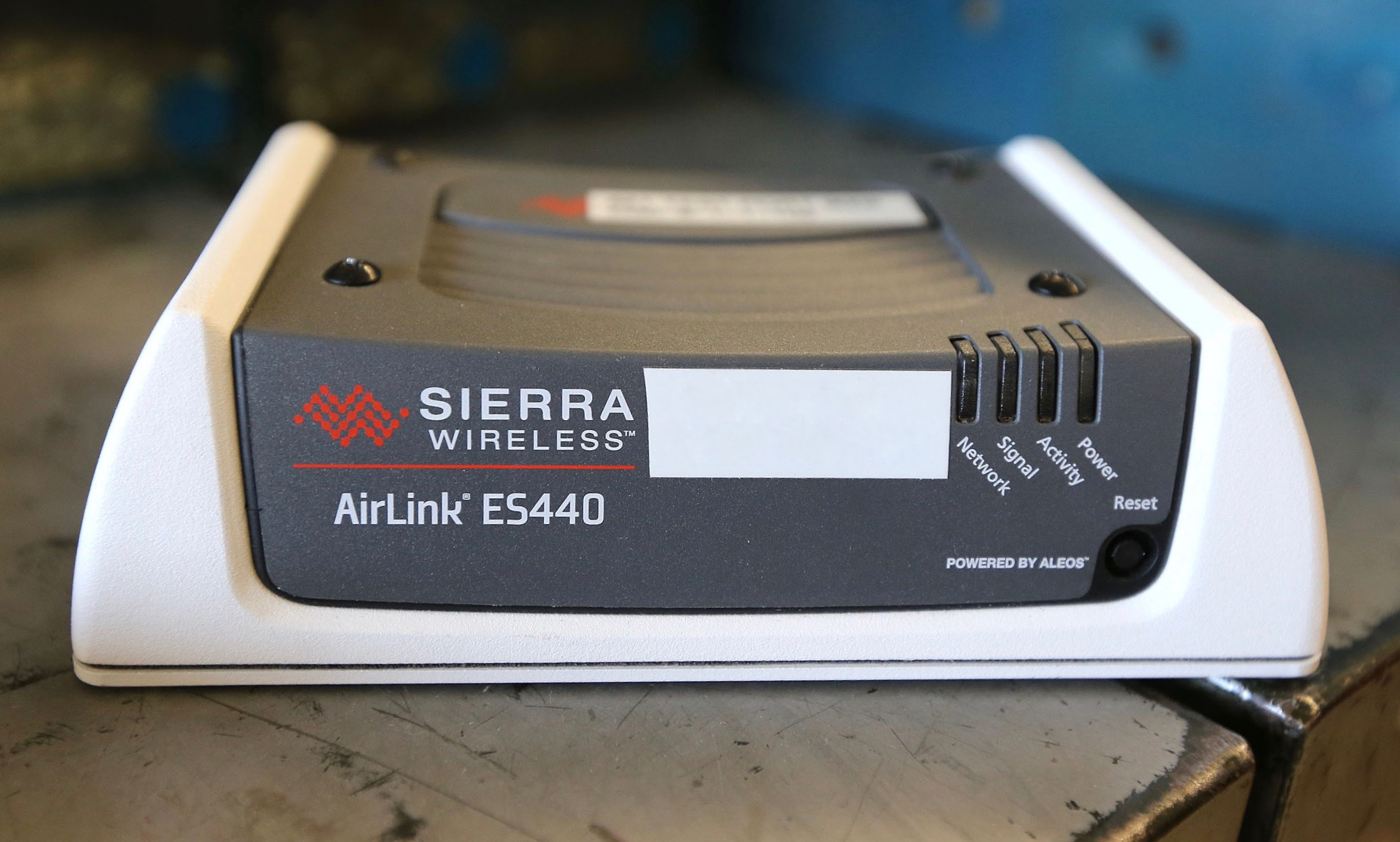 Sierra Wireless modems used at every Winnipeg traffic signal intersection