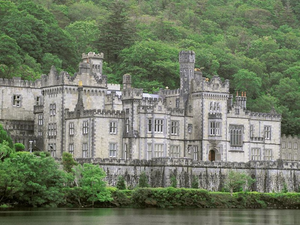 A photo of Kylemore Abbey in Ireland