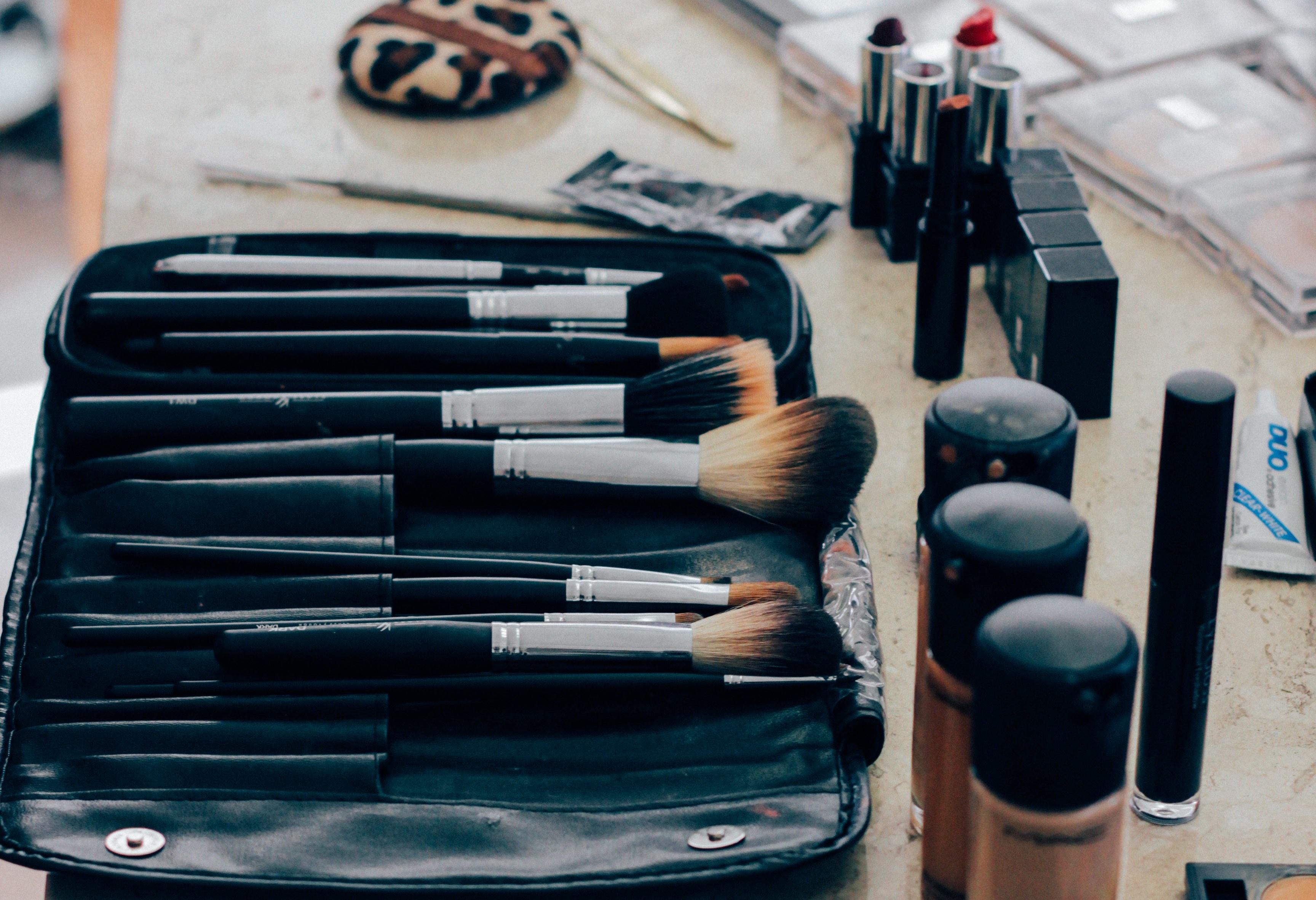 Make Up Brush Clean Beautiful Skin