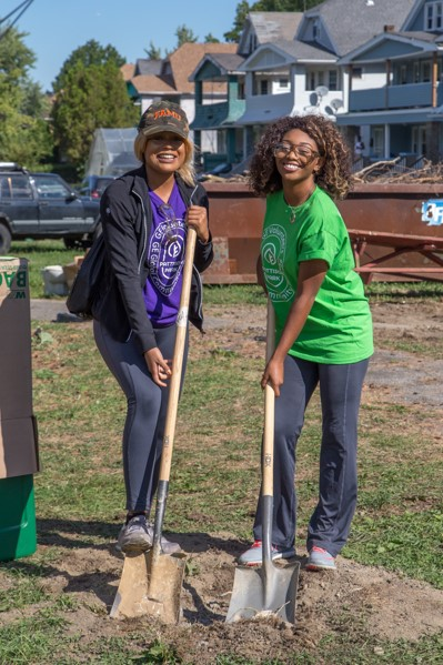 GE Employees helping renovate Pattison Park
