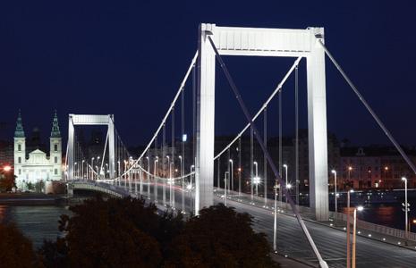 Erzebet Bridge, Budapest