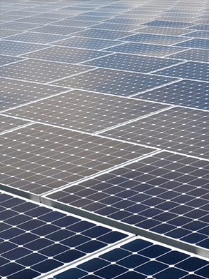 Panel quality affects commercial solar panel efficiency over time
