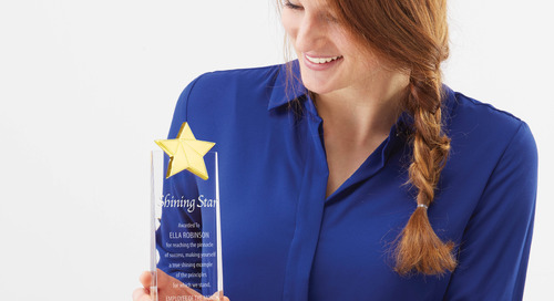 Give Your Employees a Standing Ovation with a Yearly Award Ceremony